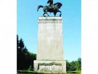 CL Suceava propune alocarea a 1,3 milioane lei pentru reabilitarea statuii ecvestre a lui Ştefan cel Mare