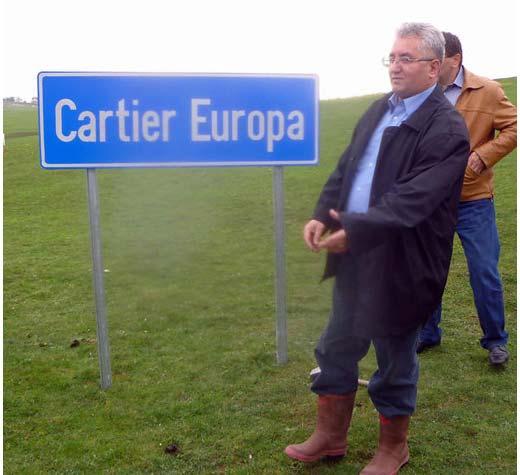 Sosiţi cu o întârziere de câteva luni, stâlpii pentru iluminatul public din cartierul Europa sunt prea mici
