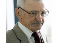 Dumitru Vințilă, un dublu cadou la 80 de ani: o expoziție și o carte