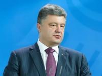 """Preşedintele Poroşenko cere consultări de urgenţă în formatul """"Normandia"""" ca urmare a """"escaladării periculoase"""" a situaţiei în estul separatist"""