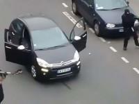 """""""Bălţi de sânge"""" în faţa sediului publicaţiei Charlie Hebdo"""