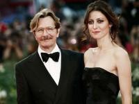 Cea de-a patra soţie a lui Gary Oldman solicită divorţul