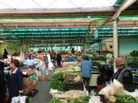 Chirii nemajorate în Bazar şi pieţele agroalimentare