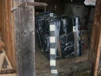 Încă o ascunzătoare de ţigări de contrabandă descoperită de poliţiştii de frontieră suceveni