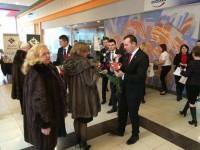Sucevencele au primit flori şi felicitări din partea deputatului Ioan Bălan