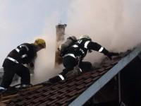 Jumătate din gospodăria unui localnic din Milişăuţi, distrusă de foc