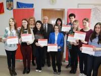 Compania E.ON a premiat excelenţa unor elevi