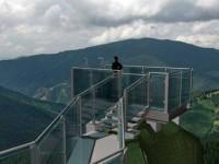 Proiectul de realizare a unui punct de belvedere în zona Piatra Şoimului, Rarău, va fi reluat de CJ
