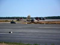 La pista Aeroportului Suceava mai e de turnat un strat de asfalt