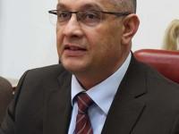 Deputatul Băişanu i-a sugerat unui deputat UDMR să-şi înveţe copilul limba română