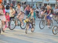 O plimbare cu bicicletele, în sprijinul copiilor cu autism