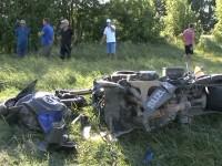 Doi tineri de 16 şi 23 de ani au murit într-un accident de motocicletă