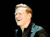 Bryan Adams îşi va lansa în octombrie primul disc cu teme originale din ultimii şase ani