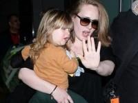 Interpreta britanică Adele va lansa un nou disc în noiembrie
