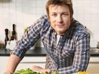 Jamie Oliver, bucătarul şef care îi învaţă pe englezi să mănânce sănătos, şi-a cumpărat o vilă luxoasă