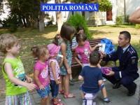 Deschiderea noului an de învăţământ îi trimite pe poliţişti la şcoală
