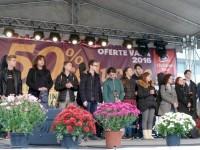 """Trofeul Festivalului """"Nada Florilor"""", acordat în unanimitate lui Cosmin Marciuc din Săveni"""