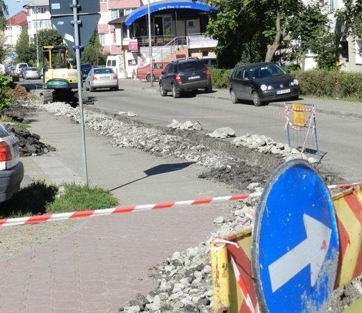 Constructorii de la Pfeiffer au dispărut de pe şantierele din Suceava