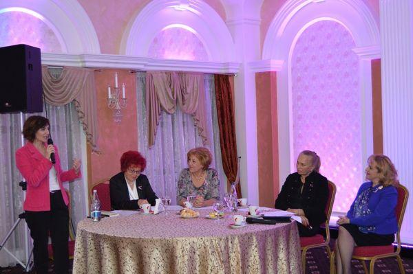 Femeile din PNL Suceava au marcat Ziua Mondială a Luptei împotriva Cancerului la Sân