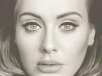 """Adele anunţă un nou album, intitulat """"25"""""""