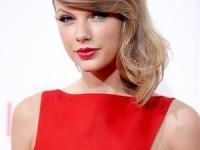 Taylor Swift, donaţie de 25.000 de cărţi pentru 25 de şcoli din New York