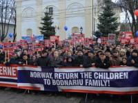 Cel mai mare protest pentru susţinerea familiei Bodnariu a avut loc la Suceava
