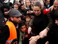 Angelina Jolie, în Grecia pentru a susţine cauza migranţilor