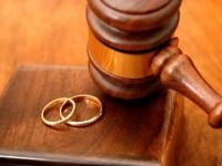 Sporul natural negativ se adânceşte, numărul căsătoriilor a scăzut, dar a crescut numărul divorţurilor