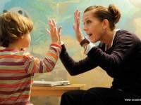 Peste 250 de copii din judeţul Suceava sunt diagnosticaţi cu autism