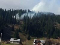 Incendiu pe un teren cu resturi de exploatare forestieră la Dorna Candrenilor