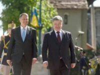 Poroşenko anunţă că va discuta cu Iohannis la Cernăuţi