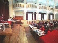 """Echipa CN """"Eudoxiu Hurmuzachi"""" a câştigat etapa regională de la Botoşani a concursului de dezbateri academice """"Tinerii dezbat"""""""