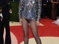 Numeroase celebrităţi au strălucit luni la Met Gala, cel mai important eveniment newyorkez dedicat modei