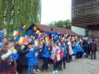 Ziua Europei a fost marcată cu mult entuziasm de zeci de elevi de la şcoli din judeţ