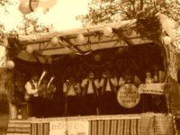 Hora satului, la Stînca
