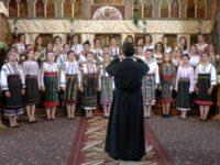 """""""Bucuriile cântării"""", la Biserica """"Pogorârea Sfântului Duh"""" din Vicovu de Jos"""