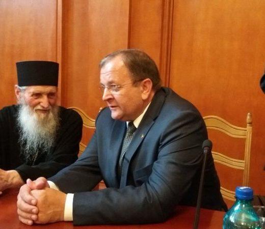 ÎPS Pimen, îngrijorat că biserica Mănăstirii Voroneţ ar putea fi inundată