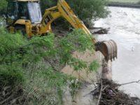 Zece cursuri de apă din judeţ au depăşit cota de inundaţii sau de atenţie