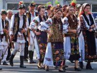 """A început Festivalul Internaţional """"Întâlniri bucovinene"""""""