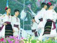 """Festivalul Internaţional """"Întâlniri bucovinene"""" va reuni 63 de formaţii artistice din judeţ şi 13 din străinătate"""