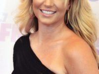Britney Spears solicită în instanţă revocarea tutelei tatălui său