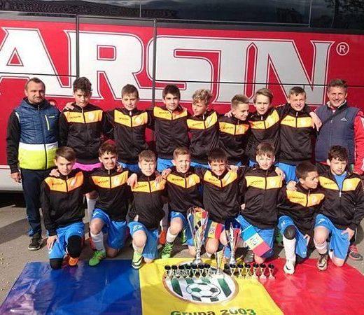 Grupa 2003 a ACS Juniorul Suceava a câştigat Braşov Cup
