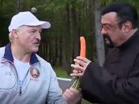Steven Seagal, tratat cu morcovi de preşedintele Belarusului