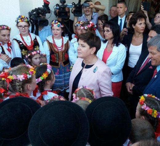 """Premierul Poloniei a spus că a găsit la Soloneţul Nou """"o bucată din Polonia"""""""