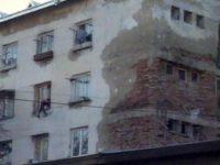 """Tronsonul al doilea al Blocului """"Groazei"""" din Suceava ar putea intra în lucrări de consolidare"""
