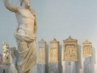 """La """"sfântul Suniu, capul/Ţinutului Atenei"""""""