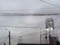 Primele corpuri de iluminat ale instalaţiei nocturne mobile de pe Stadionul Areni au fost montate