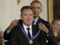 Michael Jordan, Bill Gates şi Robert De Niro, premiaţi de Barack Obama cu Medalia Prezidenţială a Libertăţii