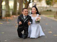 Cel mai scund cuplu din lume s-a căsătorit şi a intrat în Cartea Recordurilor