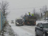 Contractele pentru deszăpezirea drumurilor naţionale din judeţul Suceava vor fi semnate abia în octombrie